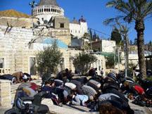 muslimprayer.Nazareth